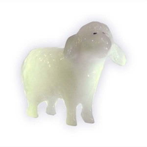Овца белая